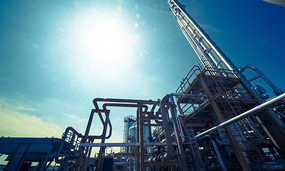 Private Equity Seeks Solace in Midstream amid Oil Price Slump