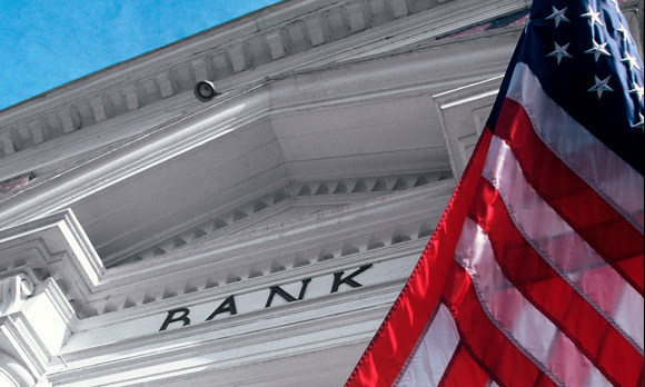 Moody's: Oil, Gas Loans Not Likely to Choke Big U.S. Banks