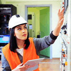 Rigzone explores potential salaries of electrical engineers in the United States.