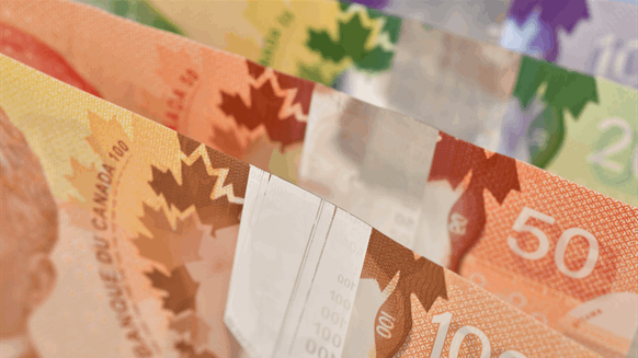 Ottawa announces $1.6-billion boost for battered energy sector