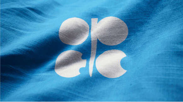Oil Rises on Market Rebalance, Trade Deal Hopes