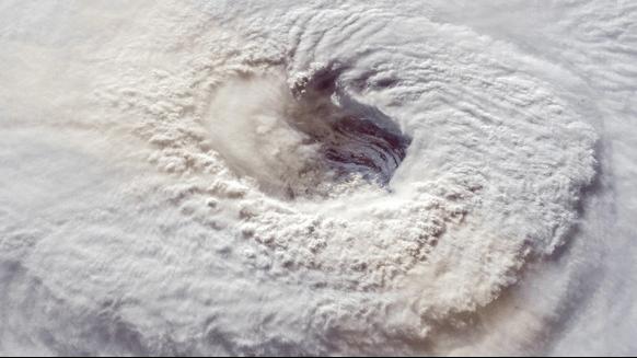 Hurricane Delta intensifies into a major Cat 4 Storms