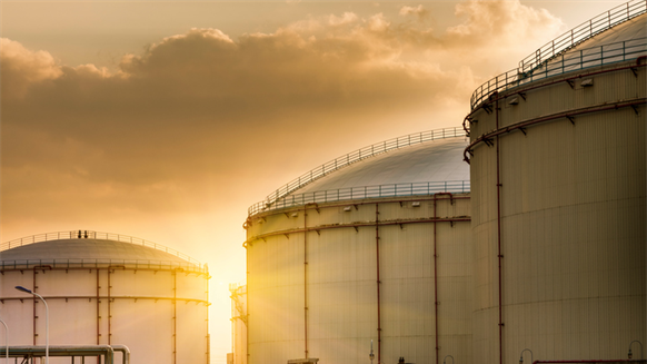 Artificial Intelligence Tool Shines Light on Oil Storage Market