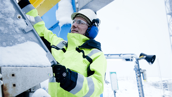 'Game-changing' Workwear to be Introduced in Arctic in April
