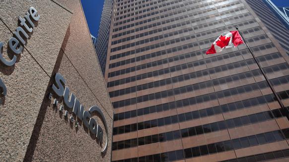 Canada's Suncor Prepares Oil Sands Growth as Global Majors Exit