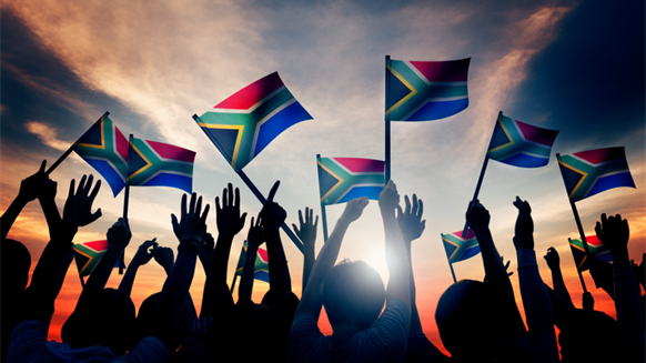South Africa May Award First Shale Gas Exploration Licenses by End-Sept