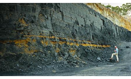 ExxonMobil to Invest in Australia Coal Seam Gas Venture