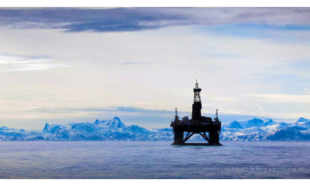Shell Dispatches Drill Rig to Arctic Site for Test Wells