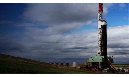 India Firms Relying on Foreign Companies for Domestic Shale Drilling