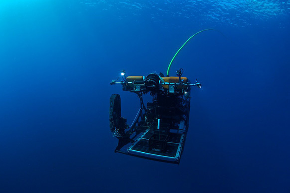 Technology developed by Woods Hole Oceanographic Institute blurs the line between ROVs and AUVs.