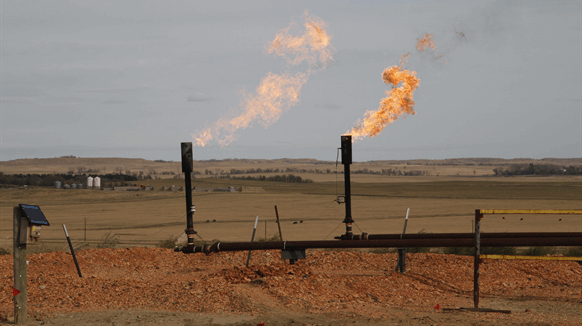 Gas Glut in Permian Sparks Dilemma Over How Much to Burn