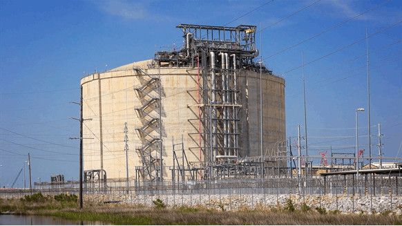 $10B LNG Facility Starts Commissioning Phase