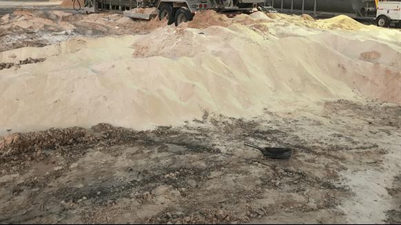 Frac Sand Accumulates as Demand Weakens