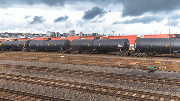 Oil Sands Firms May Ship by Rail for Production Limit Increase