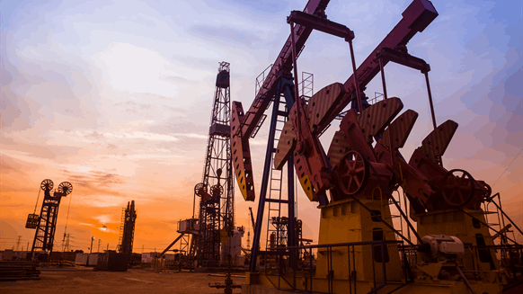 US Bucks Trend, Adds 18 Oil Rigs