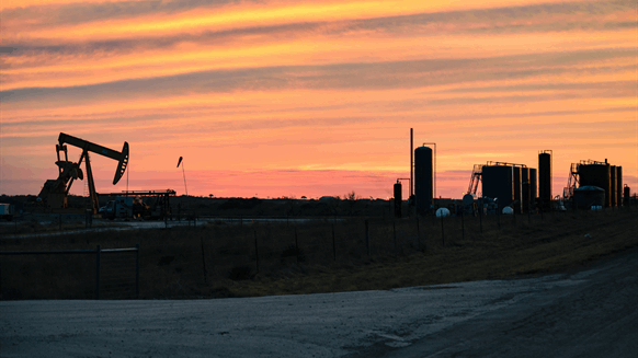 US Drops Eight Oil Rigs