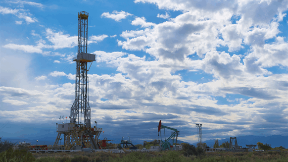 US Rig Count Drops by Nine
