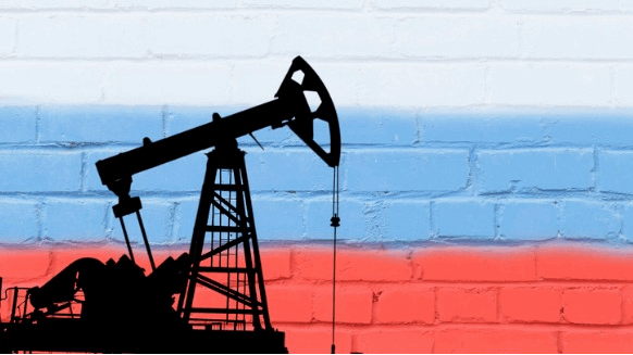 OPEC+ Cut Extension Wins Support from Russian Execs