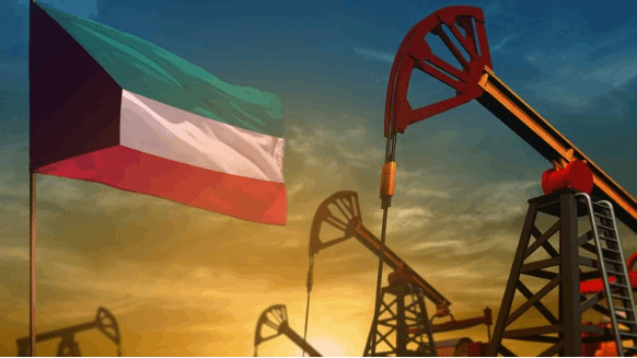 Kuwait Ceases Hiring Foreign Workers for Oil Industry