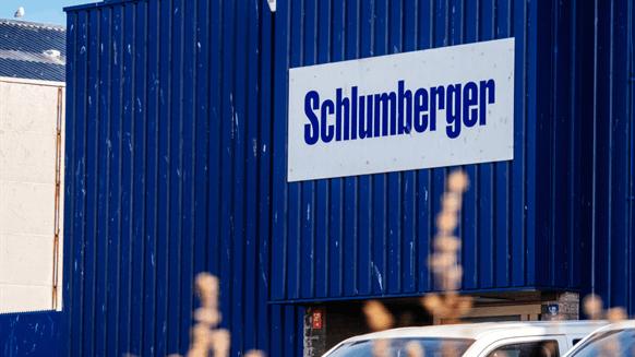 Schlumberger Job Cuts to Top 21,000