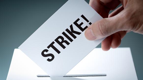 Norwegian Oil Unions Threaten Drilling Rig Strike