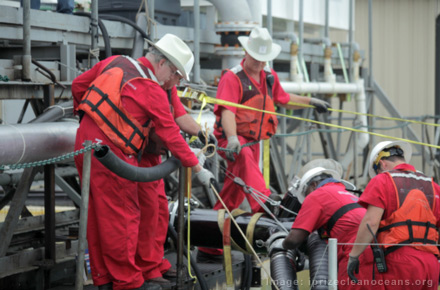Elastec/American Marine Takes Top Prize in Oil Cleanup Contest